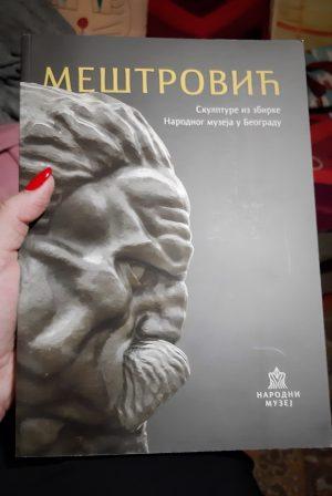 Knjiga o Meštrovićevim skulpturama © According to Kristina